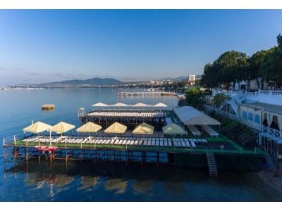 Отель «ALEAN FAMILY RESORT & SPA BIARRITZ / Биарриц» отель (бывш. «Сосновая роща») ,  оборудованный пляж, море
