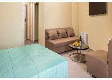 JUNIOR SUIT 2-КОМНАТНЫЙ| Номера и цены  2018 год | Отель «ALEAN FAMILY RESORT & SPA BIARRITZ / Биарриц» отель (бывш. «Сосновая роща»)