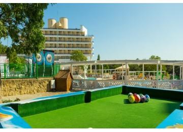 Спортивно-игровые площадки| Отель «ALEAN FAMILY RESORT & SPA BIARRITZ / Биарриц» отель (бывш. «Сосновая роща»)